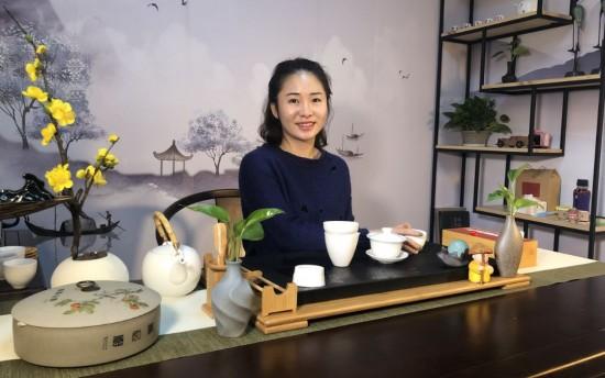 云露半盏-一杯能喝出雨林味的普洱茶